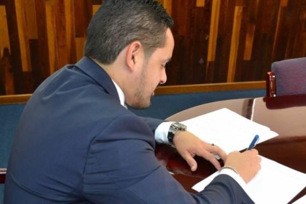 Erik Rolón, secretario de Corrección