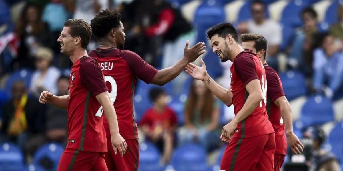 A la espera de Cristiano: Portugal calienta motores para la Confederaciones con una goleada