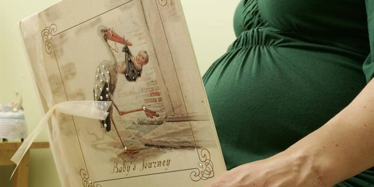 Descartan que embarazo aumente riesgo de recaída de cáncer mama