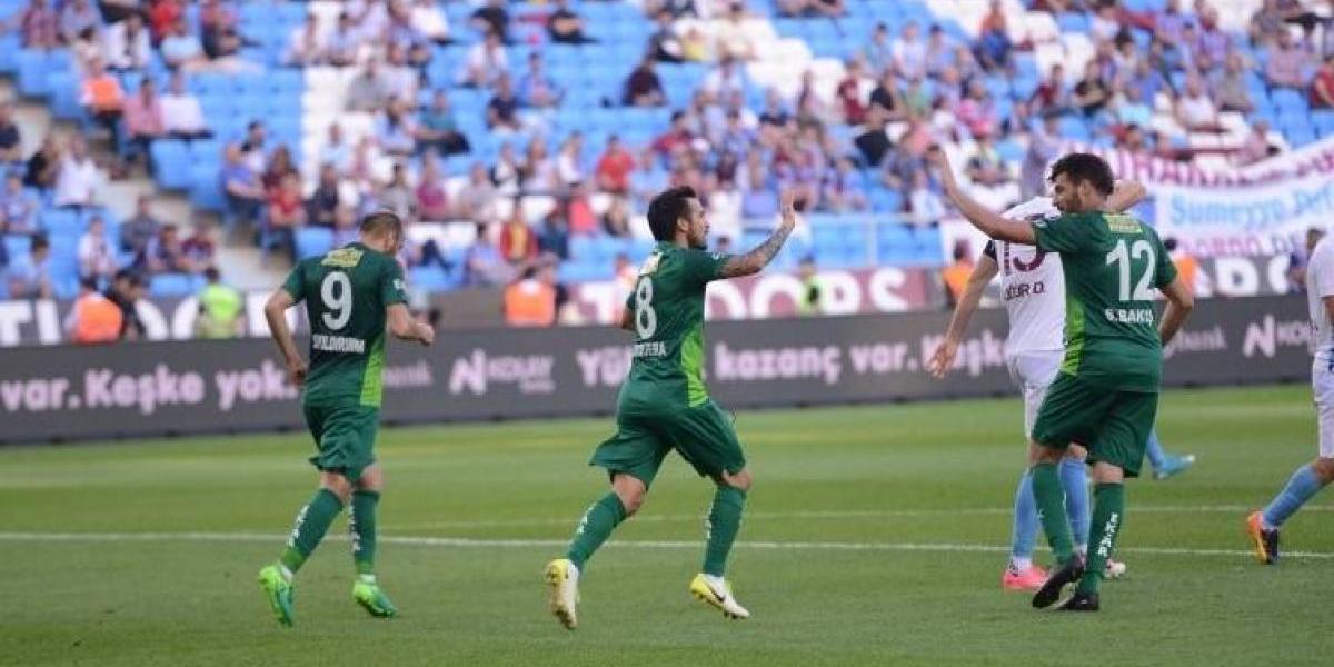 Cristóbal Jorquera fue héroe al marcar un golazo que ayudó a salvar del descenso al Bursaspor
