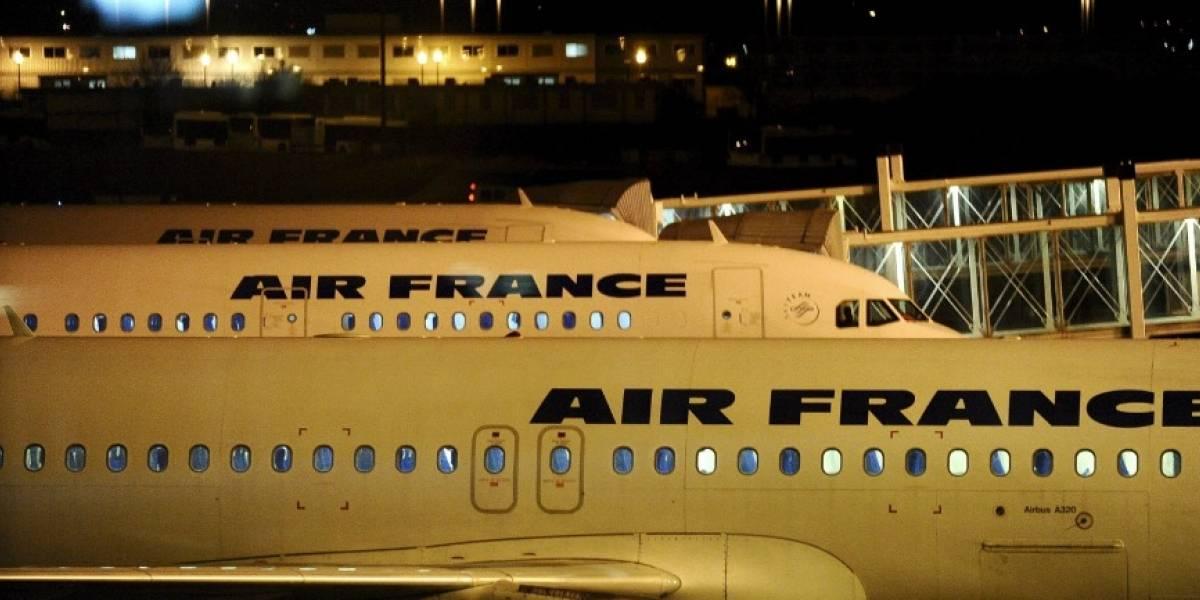 Evacuan terminal de aeropuerto de París por un paquete sospechoso