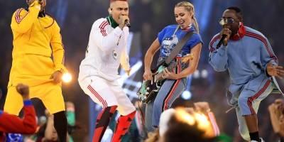 Desangelada inauguración de la Champions League con Black Eyed Peas