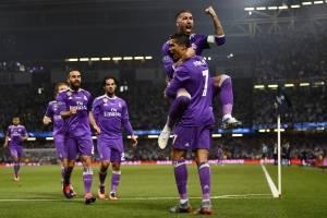 Cristiano Ronaldo anota el gol 500 del Madrid en la Champions