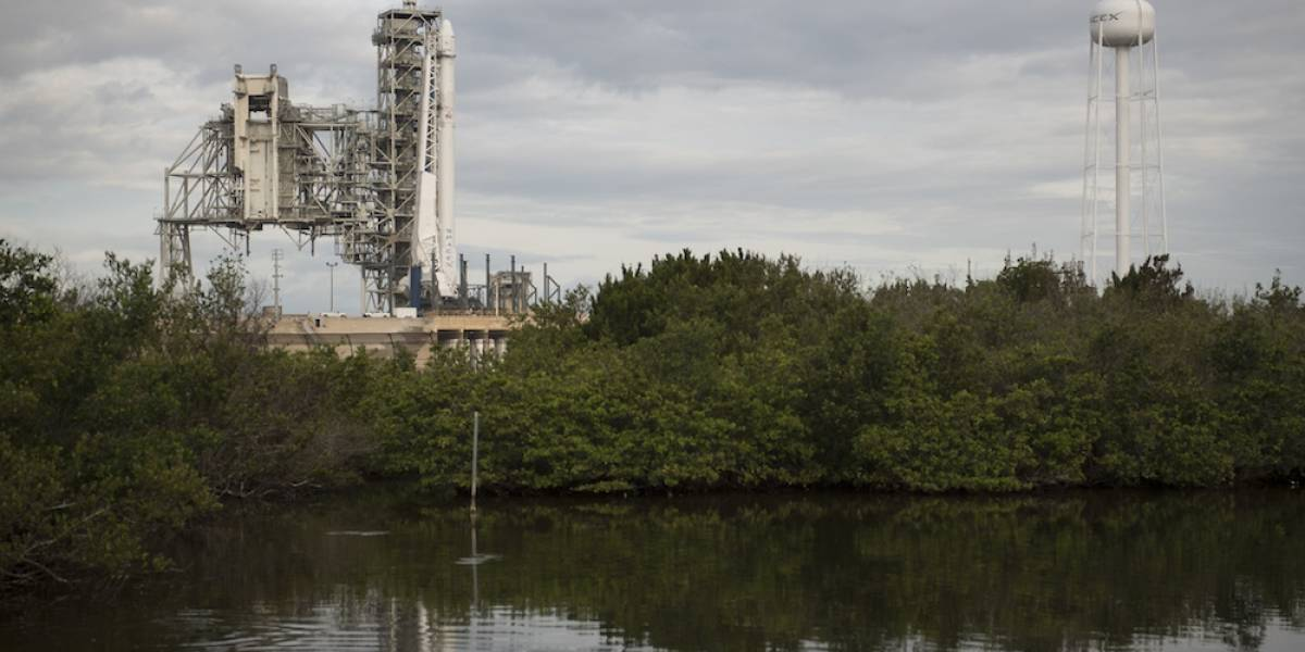 SpaceX lanza su primera nave reciclada a la EEI