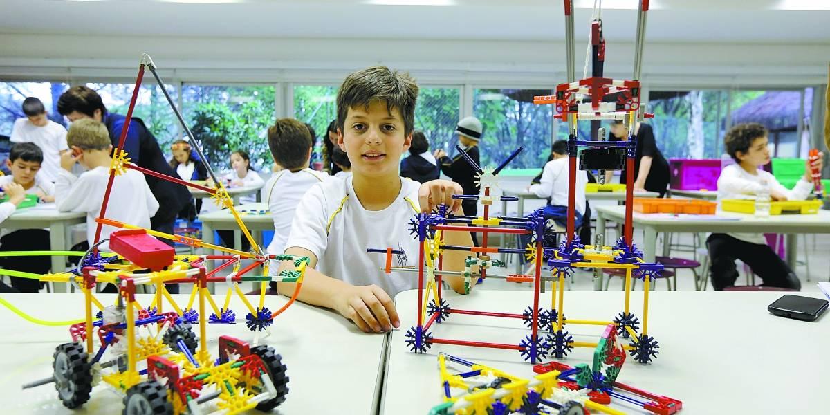 Estudante de 9 anos vai representar o Brasil em torneio internacional de robótica