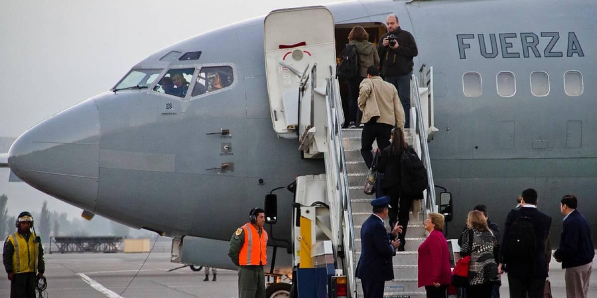 Bachelet inicia gira a Canadá y EEUU pese a sufrir desperfecto en el avión