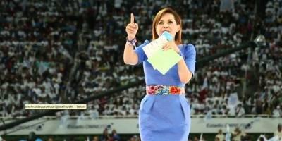 Vázquez Mota emite su voto en Huixquilucan