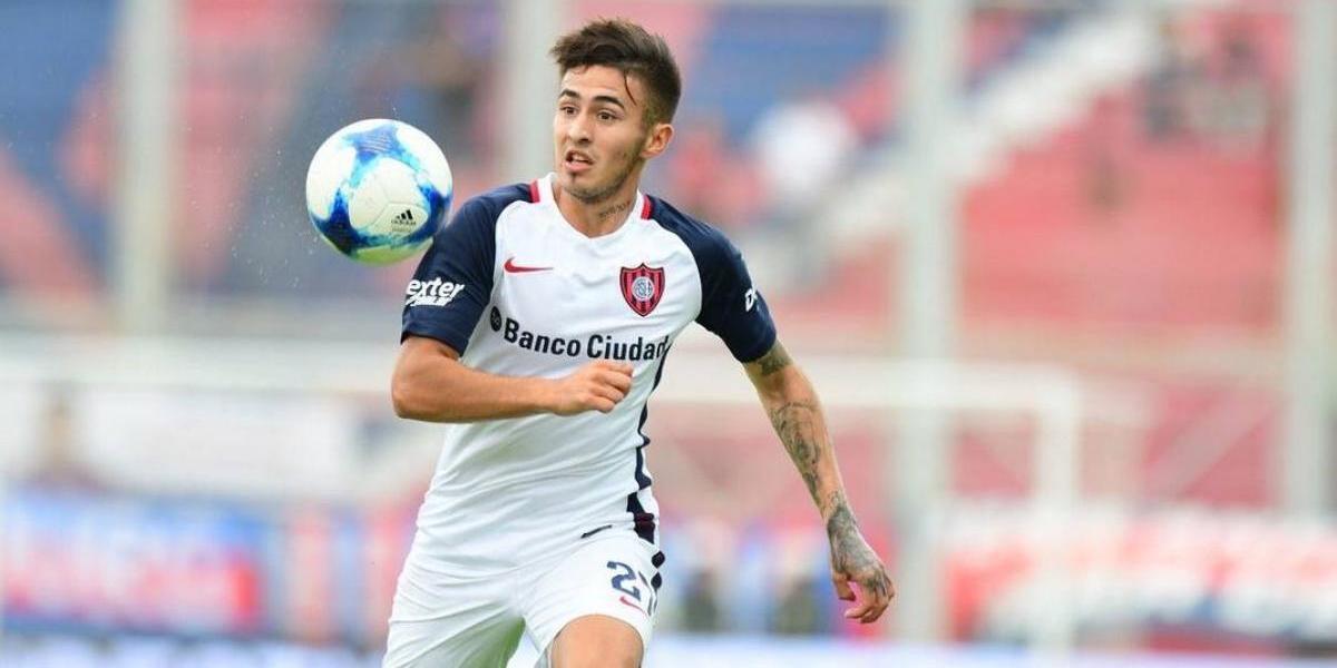 Pizzi buscaría convencer a joven figura de San Lorenzo para jugar en la Roja