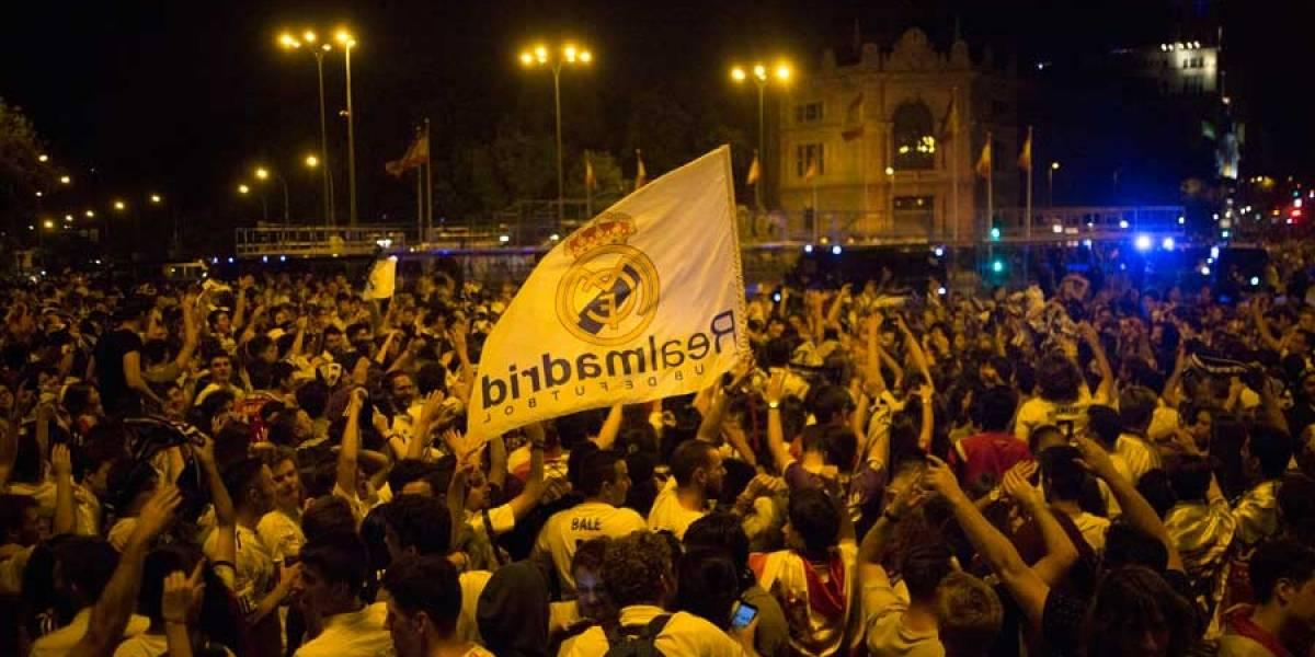 La Plaza de Cibeles nuevamente se abarrotó para recibir a un histórico Real Madrid