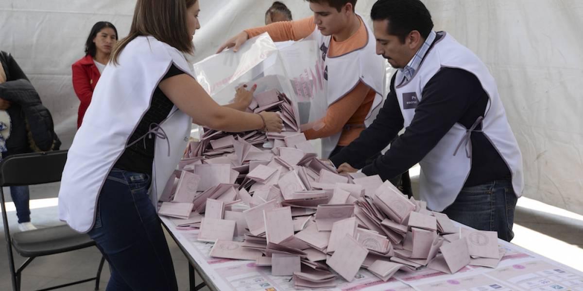 Ciudadanos reportan escasez de boletas en casillas especiales del Edomex