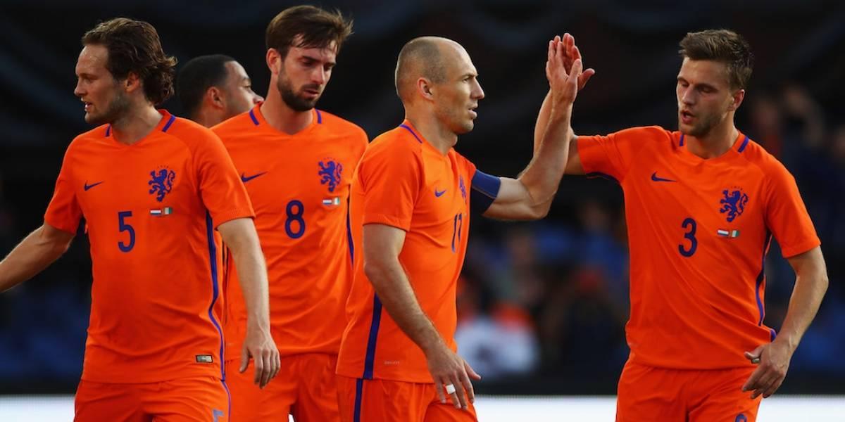 Holanda golea 5-0 a Costa de Marfil en duelo amistoso