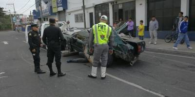 Impresionante accidente en la zona 7