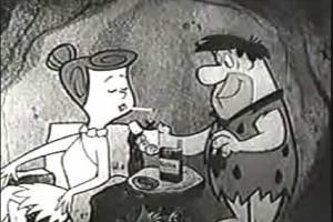 """""""Los Picapiedra"""" transmitieron anuncios en los que Pedro, Pablo y Vilma fuman cigarros."""