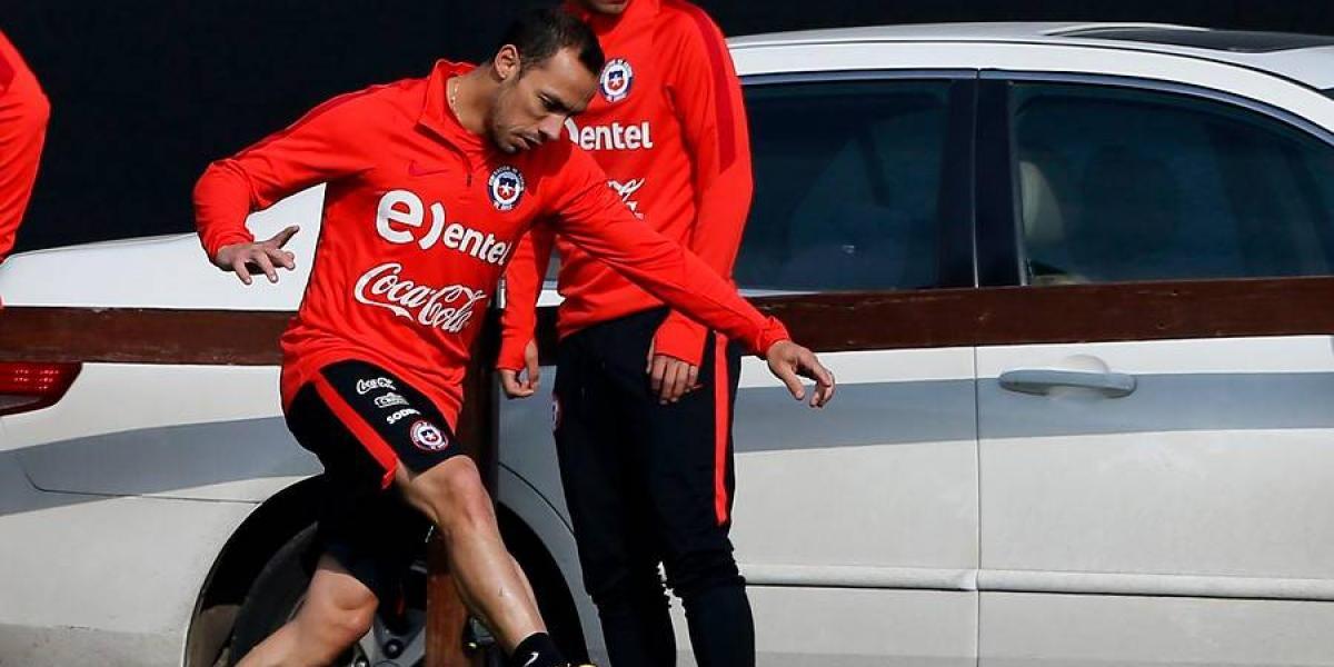 La rodilla de Marcelo Díaz genera dudas en la Selección