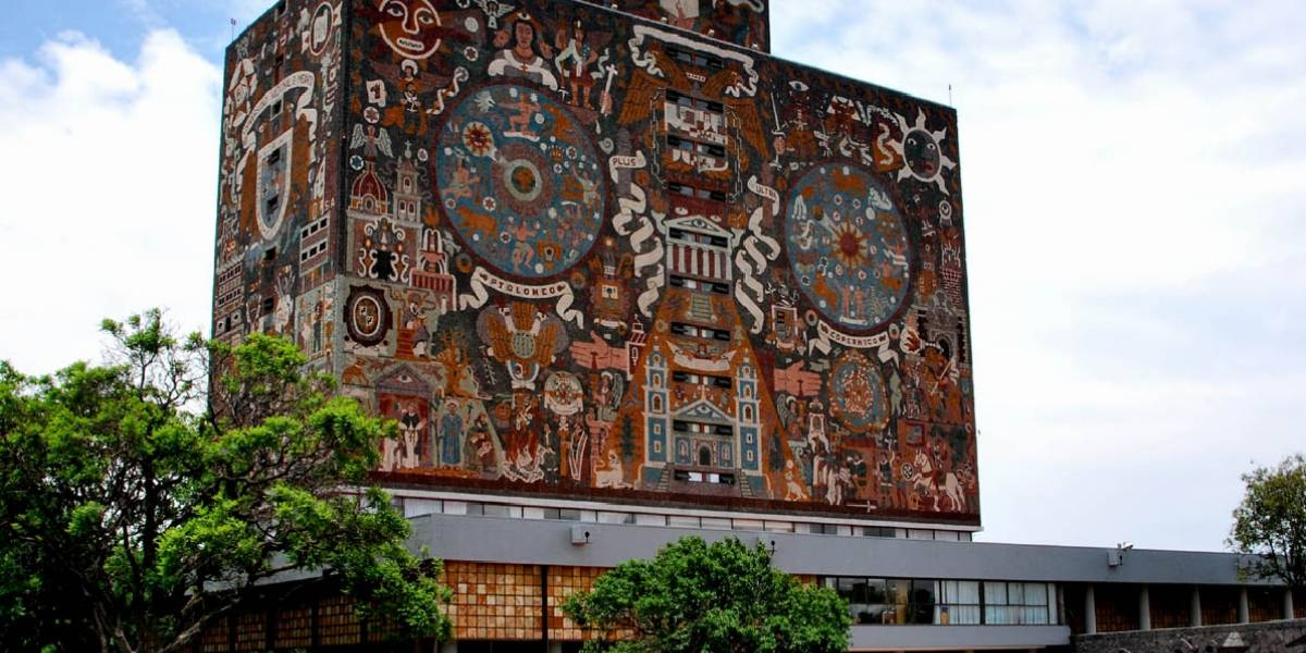 Alumnas de bachillerato de la UNAM ganan becas para estudiar en Israel