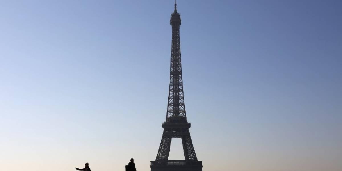 La Torre Eiffel quedará a oscuras en homenaje a víctimas de Londres