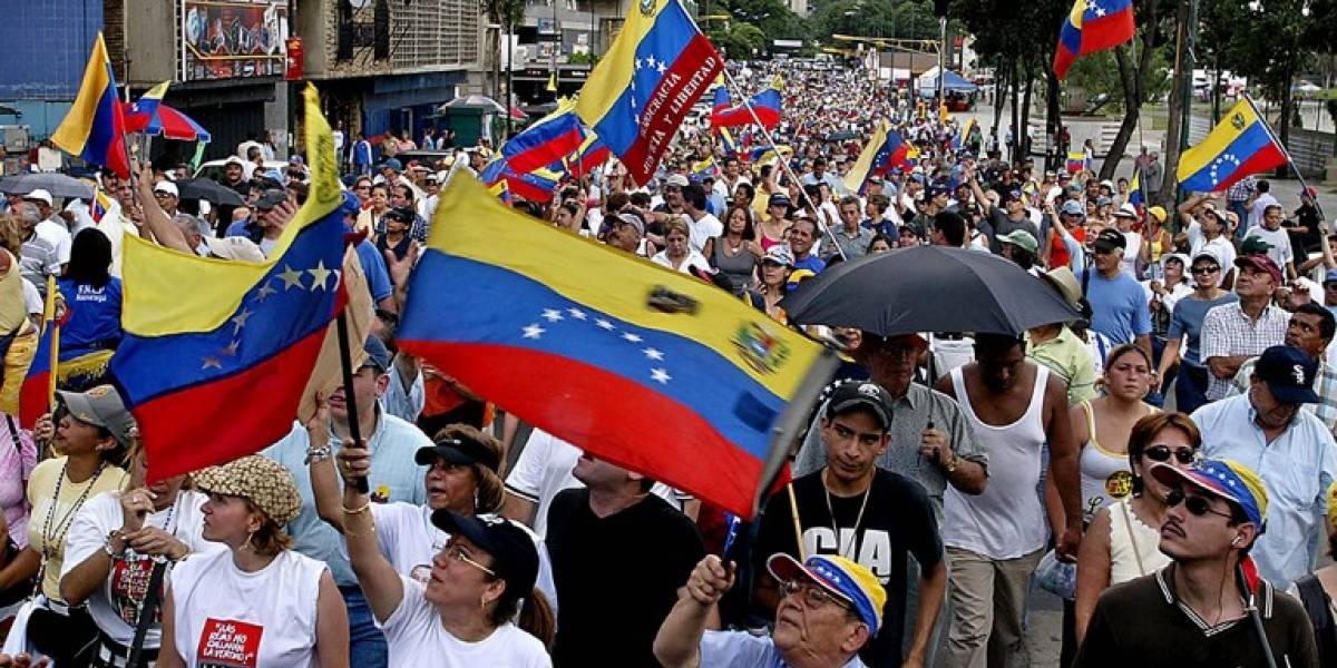 """Oposición venezolana se manifiesta con """"Gran Plantón"""" contra la Constituyente de Maduro"""