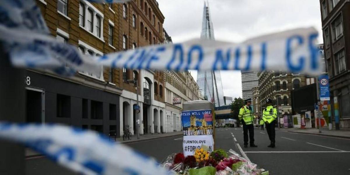 Líder de la oposición británica pide la renuncia de May por recortes policiales