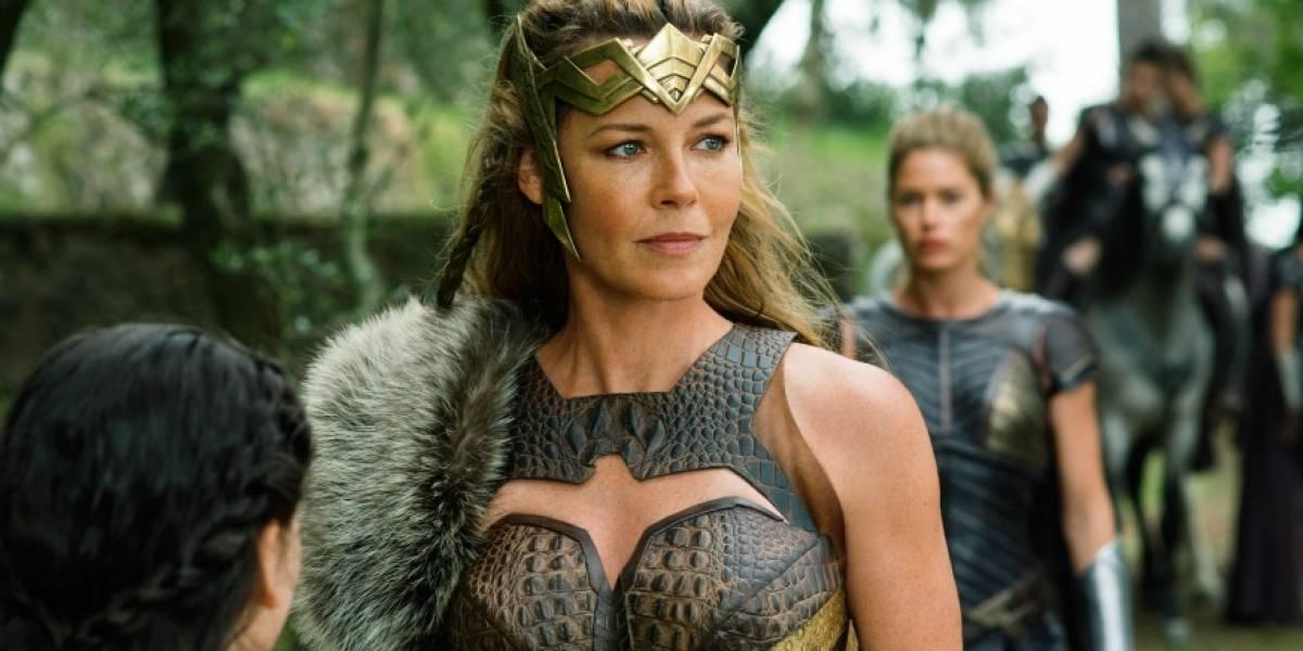"""Connie Nielsen sobre los sexismos estúpidos y sobre interpretar a la madre de """"Wonder Woman"""""""