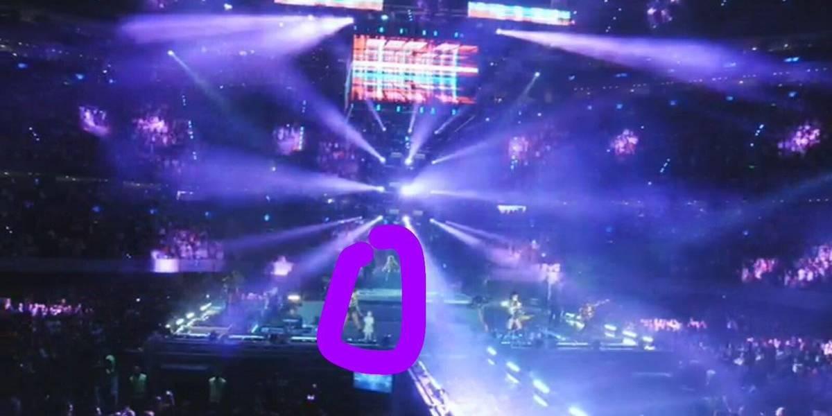 Video: Niña se aparece en concierto de los 90s Pop Tour y causa conmoción