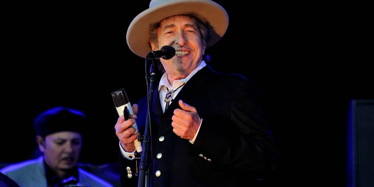 Bob Dylan ya puede cobrar el premio Nobel