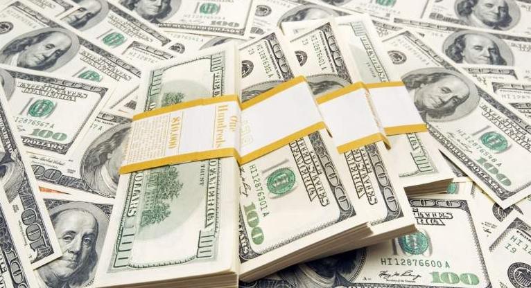Elecciones desinflan al dólar; divisa llega a nivel más bajo del año