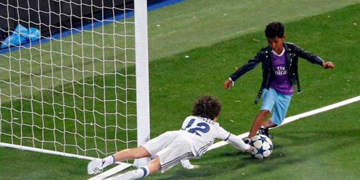 VIDEO: Hijo de Cristiano Ronaldo anota golazo durante festejos de la Champions