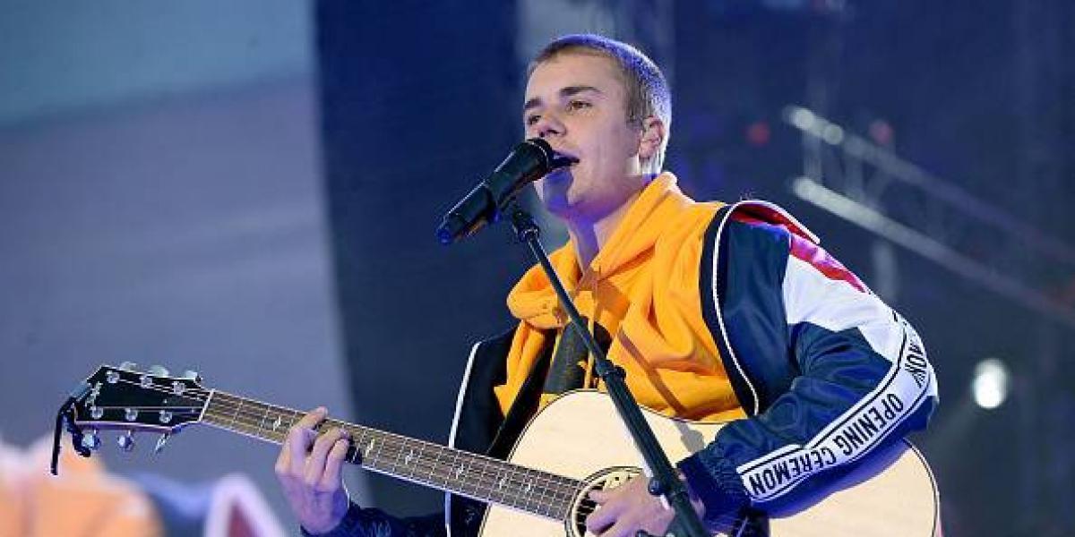 Justin Bieber llega a las lágrimas con un emotivo discurso en el concierto benéfico de Manchester
