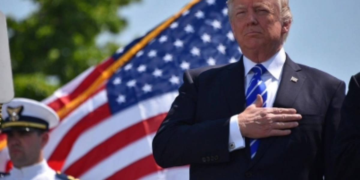 """Trump arremete contra Departamento de Justicia por """"diluida"""" prohibición de viajes"""