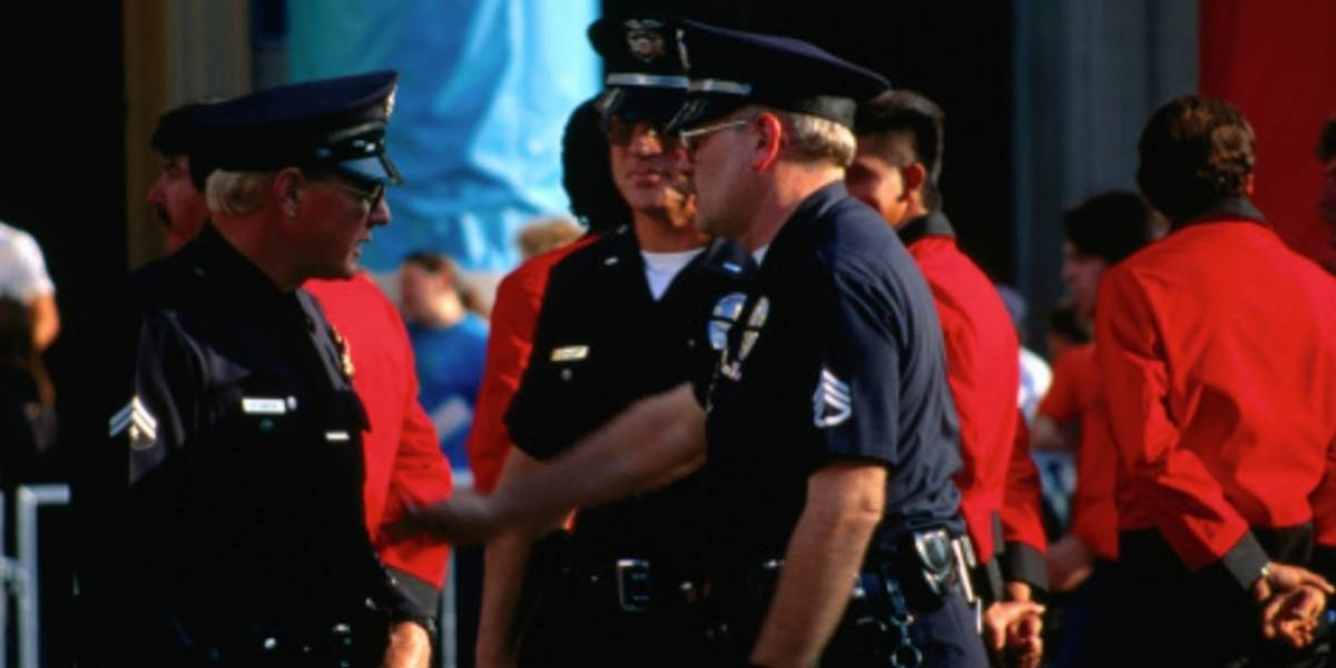 Policía de Dallas evacúa su edificio principal por paquete sospechoso