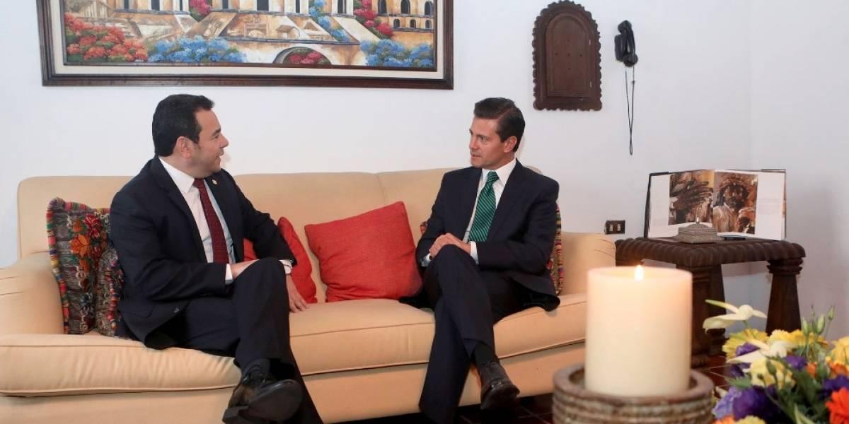 Peña Nieto se reúne en Guatemala con el presidente Jimmy Morales