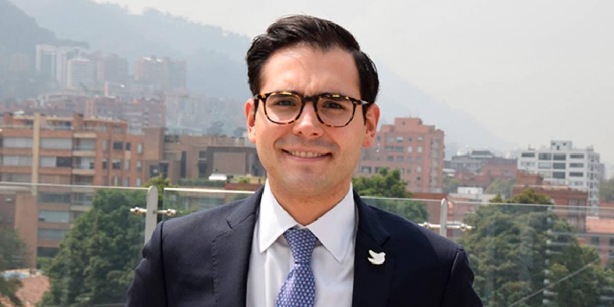 Alcalde (e) de Cartagena sorprende en redes al declamar un poema a su ciudad