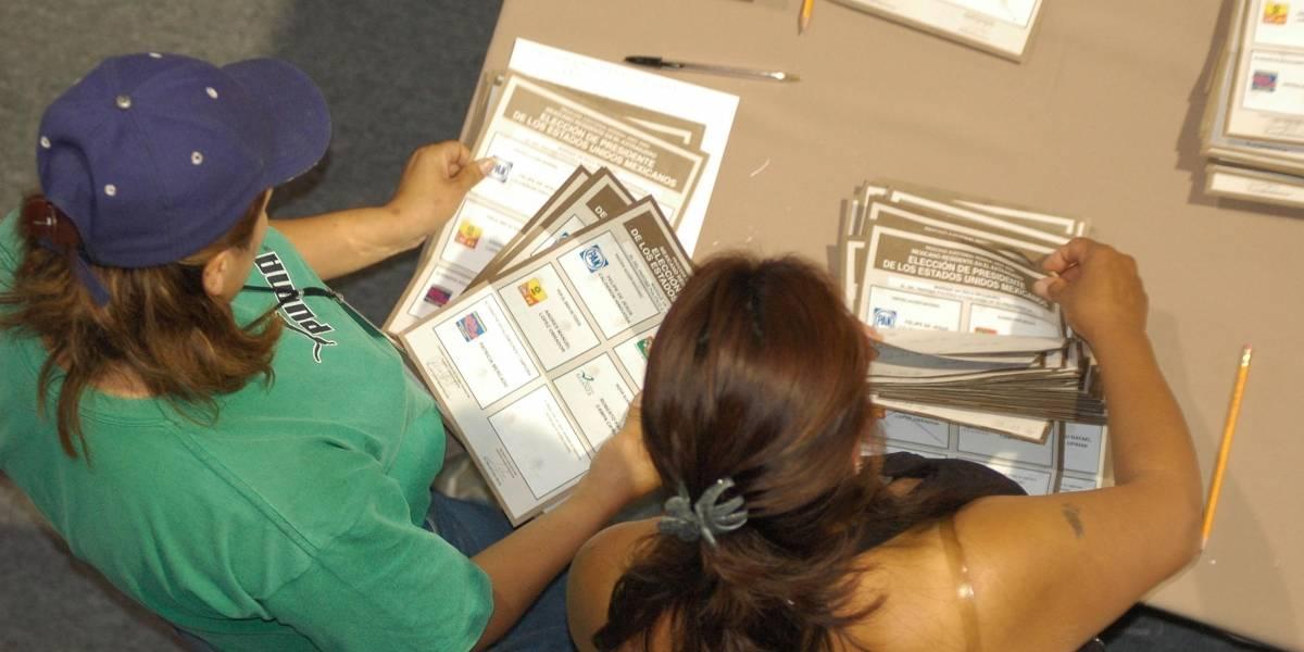 Valida INE 28 mil solicitudes de voto desde el extranjero