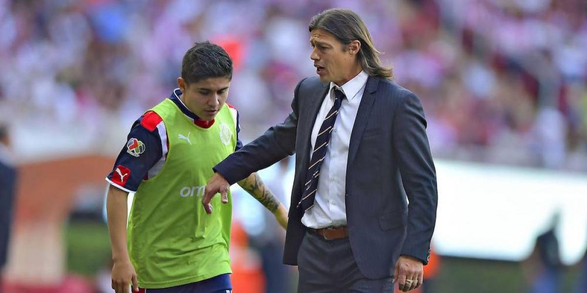 Almeyda impide la salida de la Chofis López