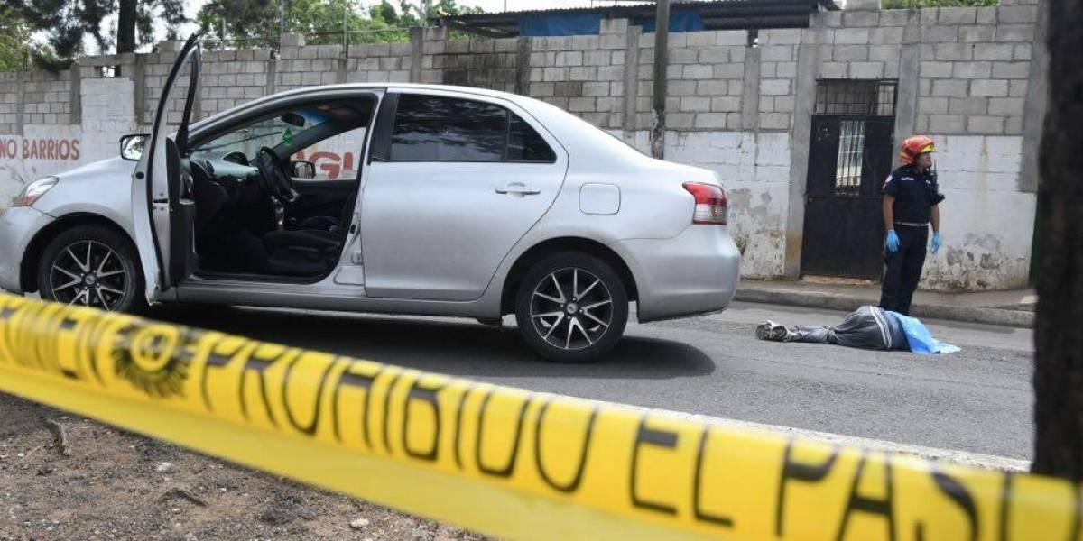 Frustran asalto y matan a dos supuestos delincuentes en zona 21