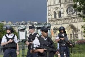 Operativo policial en París