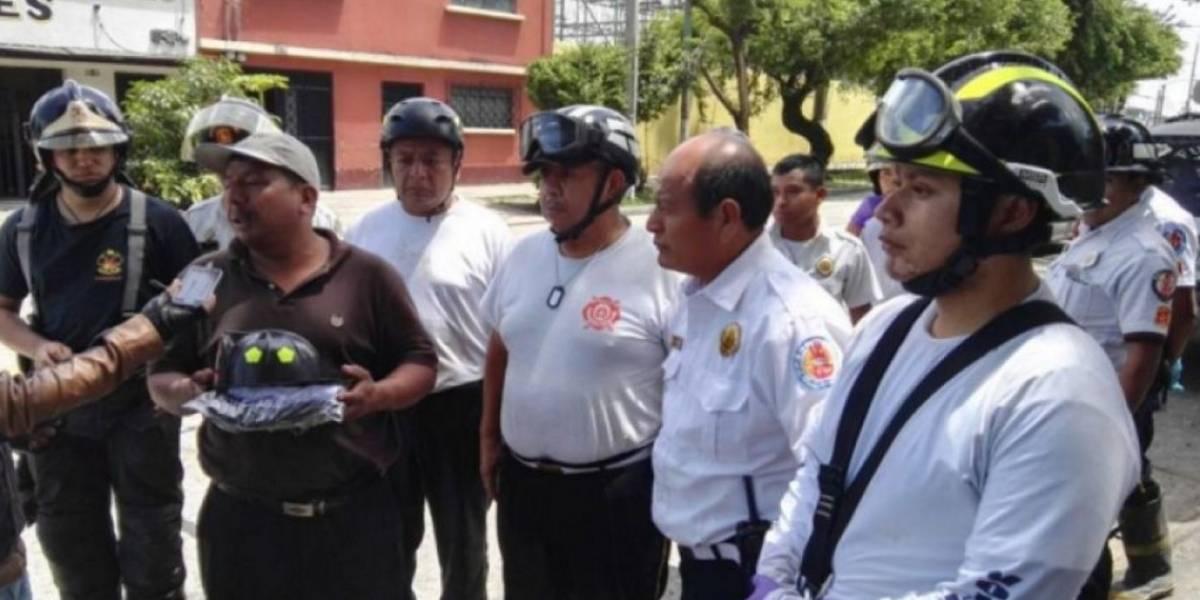 Bomberos Voluntarios ayudan a cumplir el sueño que tenía el niño fallecido tras alud en Villa Nueva
