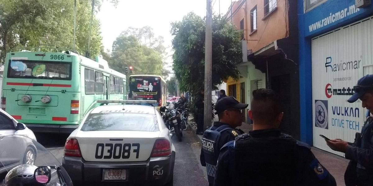 Balacera durante asalto en  Popotla deja dos personas muertas