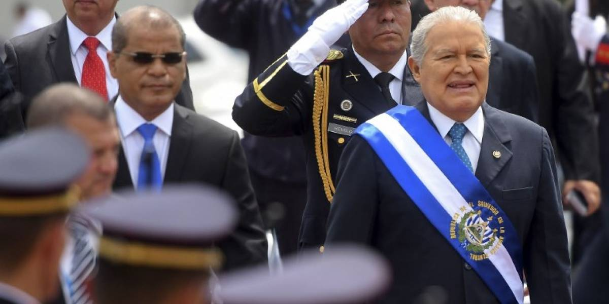 Gobierno salvadoreño reprobado por encuesta en tercer año de gestión