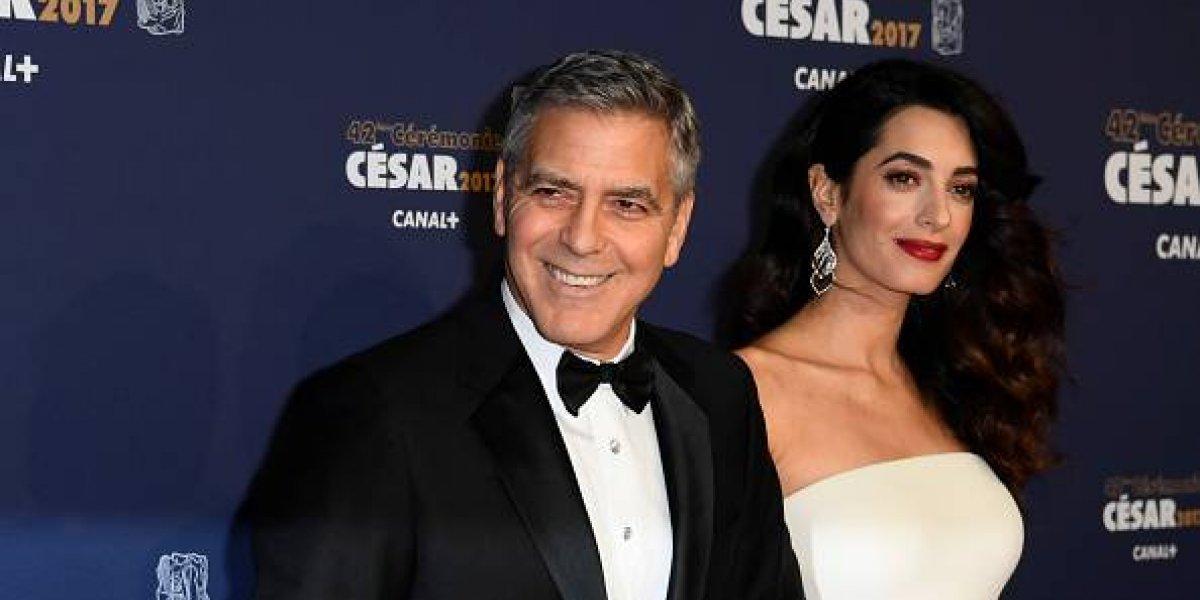 Esta es la primera foto de los mellizos de George Clooney y así lucen