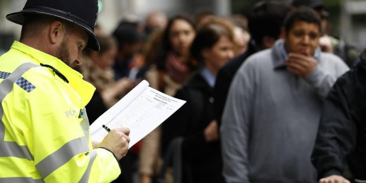 Identifican a tercer autor de atentado de Londres entre críticas al gobierno