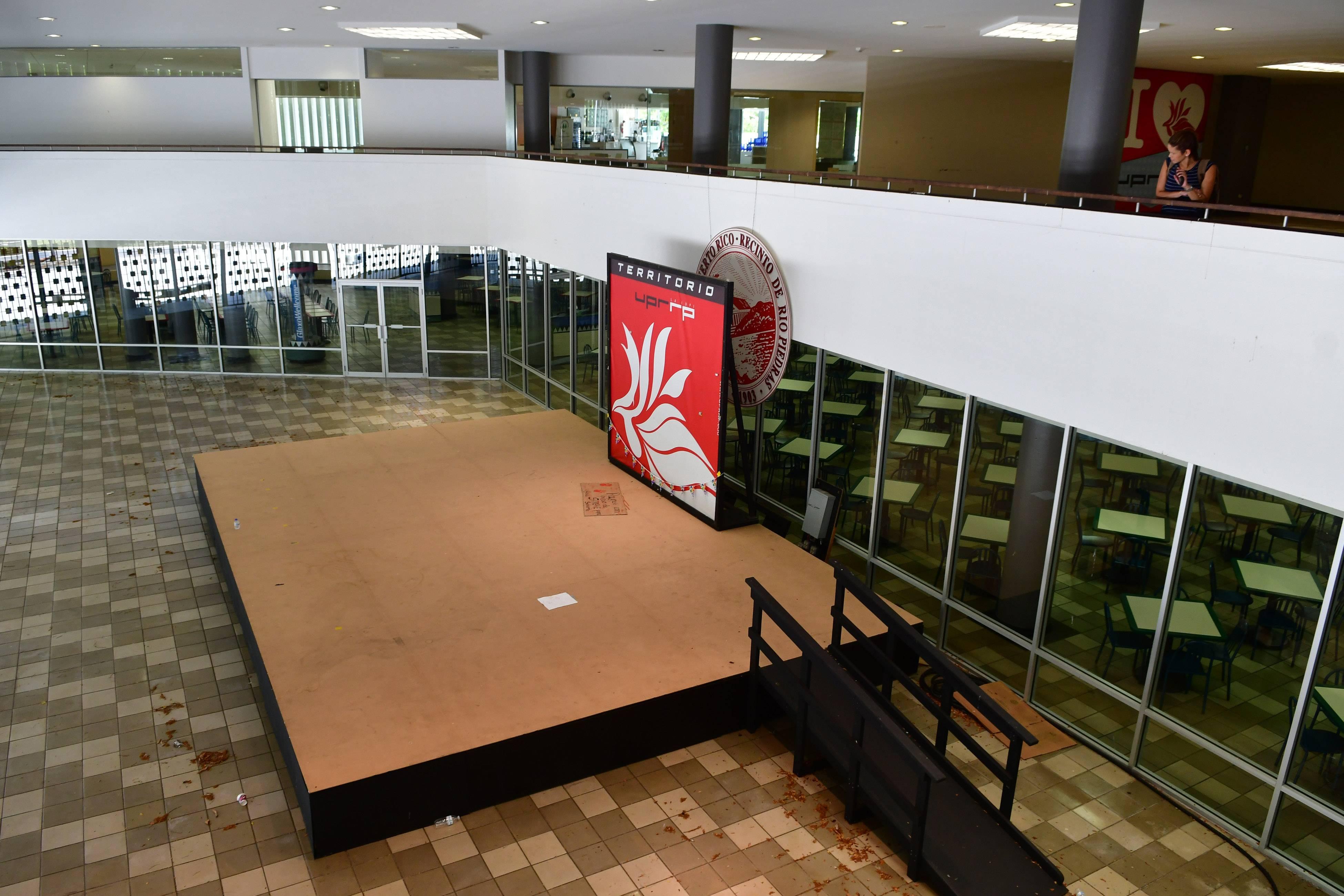 Centro de Estudiantes UPR VANDALISMO