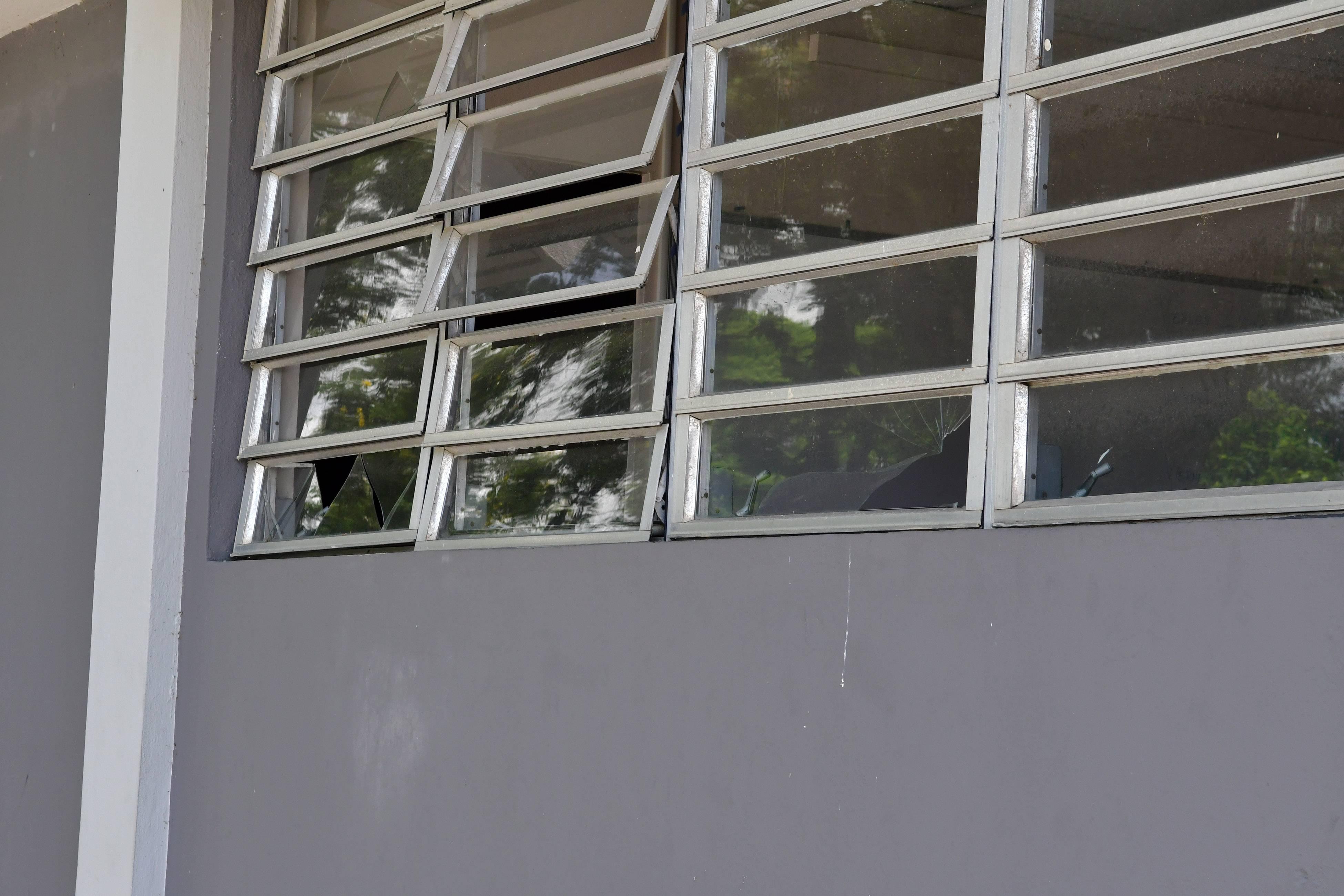 Oficina de Seguridad UPR VANDALISMO