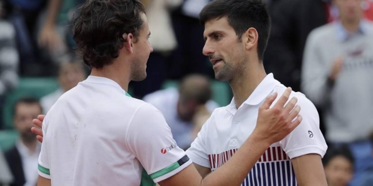 Dominic Thiem sorprendió y eliminó a Novak Djokovic de Roland Garros