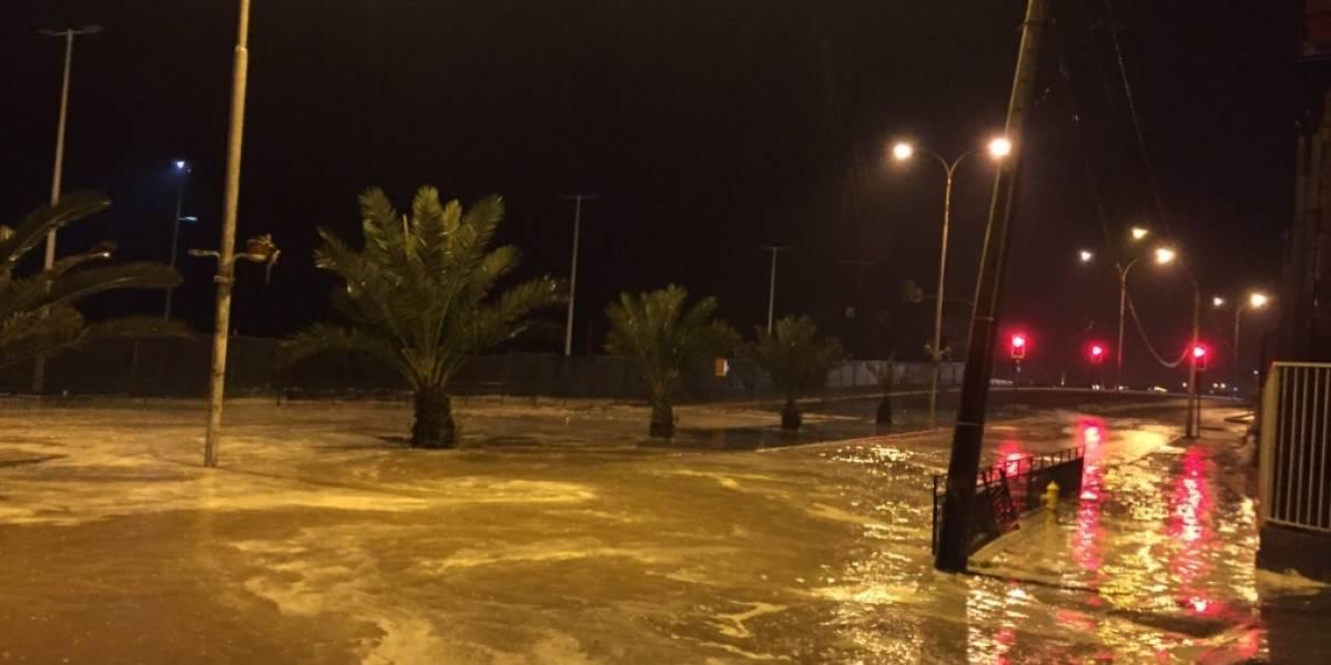 Alarma por intensas lluvias en Antofagasta: reportan anegamiento en varios puntos de la ciudad