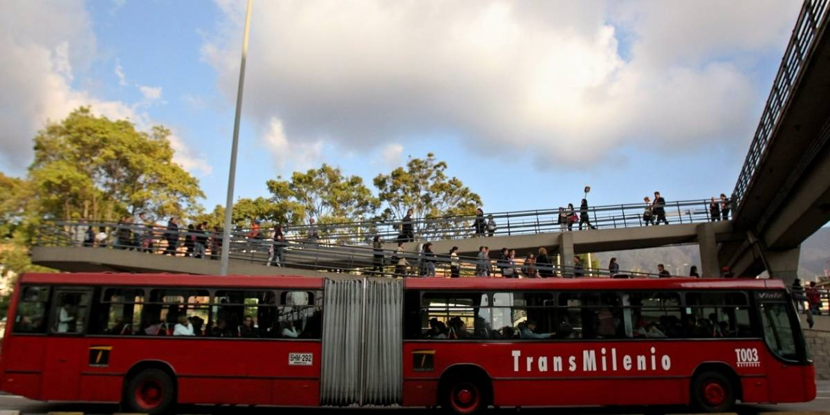 ¡Atención! Accidente de dos buses de TransMilenio en la autopista norte
