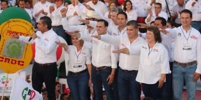 Mexiquenses cumplieron, Peña no; espero se reconozca triunfo de Delfina: AMLO