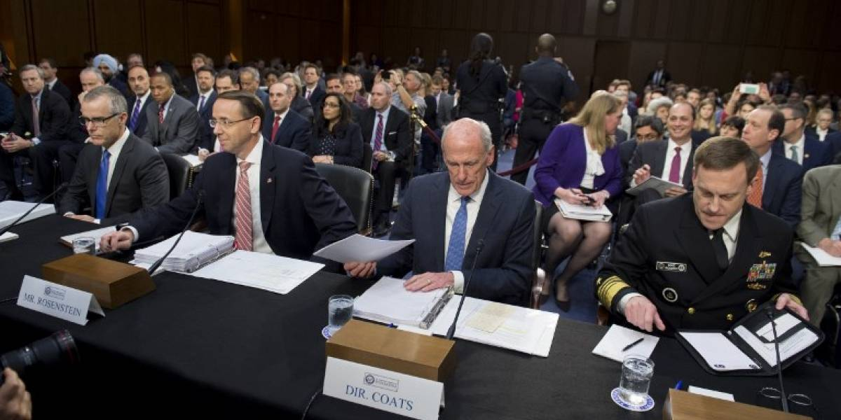Jefes de inteligencia niegan presiones de Donald Trump