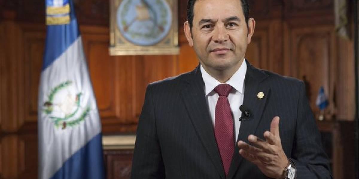Presidente buscará en Francia integrar al país en grupo de transparencia
