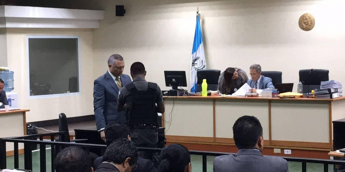 """Empresas de Pérez Molina """"declaraban menos impuestos"""", dice Salvador González"""